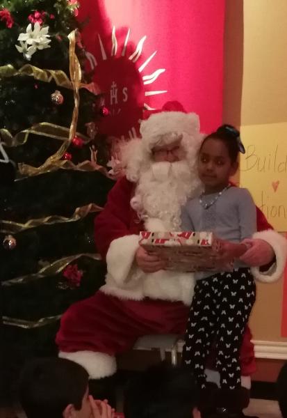 15 Santa and Girl 1